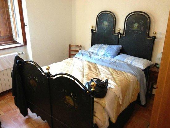 Casale Mariandre: Il letto della nostra stanza
