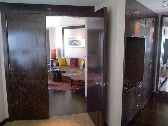 Mandarin Oriental, Las Vegas: Room corridor