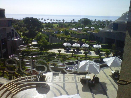 Susesi Luxury Resort : View from 2nd floor of hotel towards beach