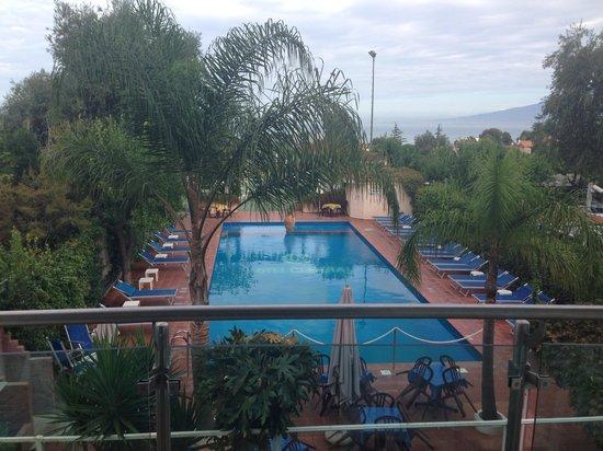 Comfort Hotel Gardenia Sorrento Coast : Pool
