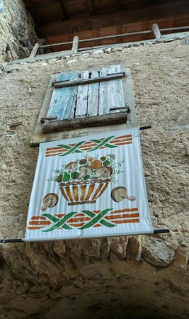 Medieval Village of Canale: Canale di Tenno...
