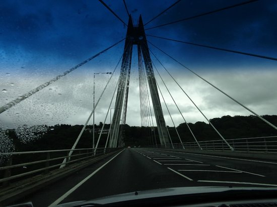 Chartist bridge: Driving from y coed duon