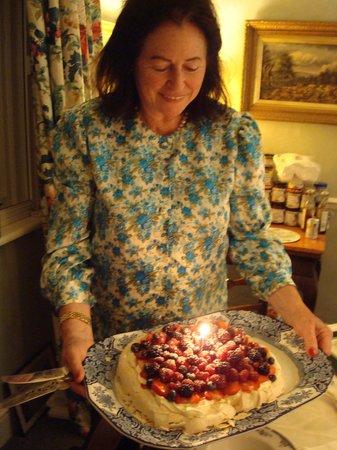Uplands House: amazing dessert! amazing hostess