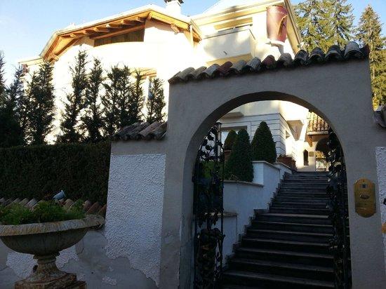 Villa Orso Grigio: ingresso