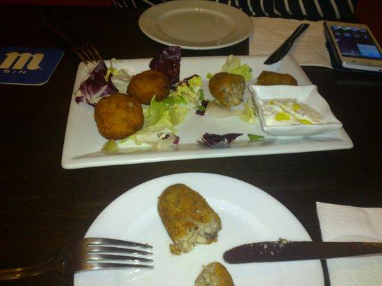 Café Infinito: Croquetas de arroz y de .... sorpresa