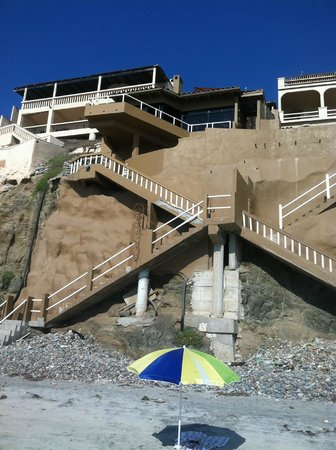 Rosarito Beach: Our first venture --only $75/nite but lots of steps ! Our deck up at the top