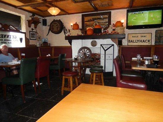 Waxy O'Connor Irish Pub & Eatery: So Irish, NICE.