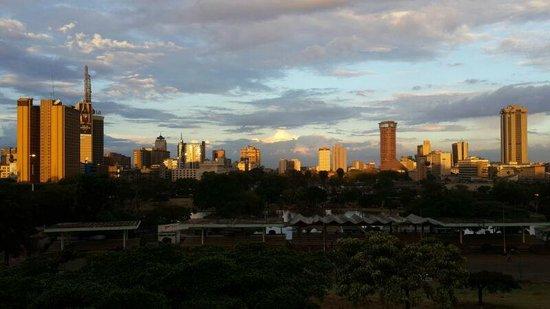 Nairobi Urban Adventures: The stunning Nairobi city skyline at sunset.