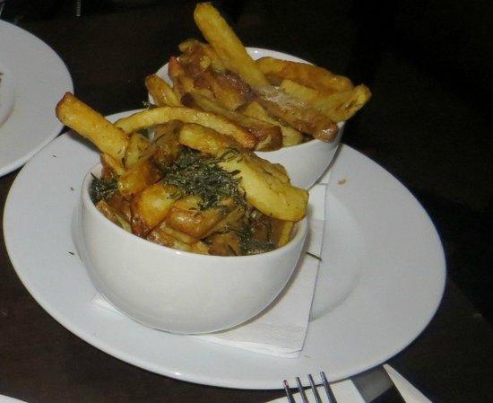 Gourmet Burger Kitchen: Patatine normali e al rosmarino