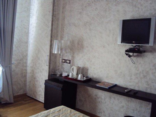 Habitación Hotel de la Pace: lámpara de diseño