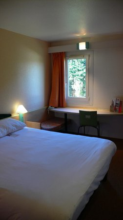 Ibis Carcassonne Est la Cite : Habitación