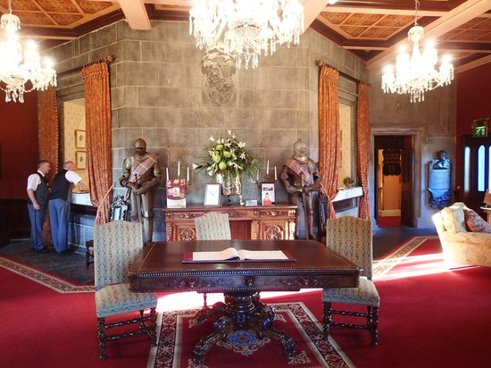 Dromoland Castle Hotel: Reception