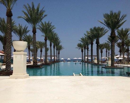 Al Bustan Palace, A Ritz-Carlton Hotel: View of the main pool