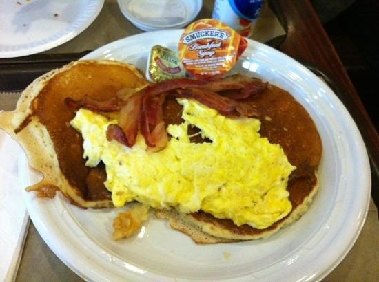 Europan Cafe: pancake...