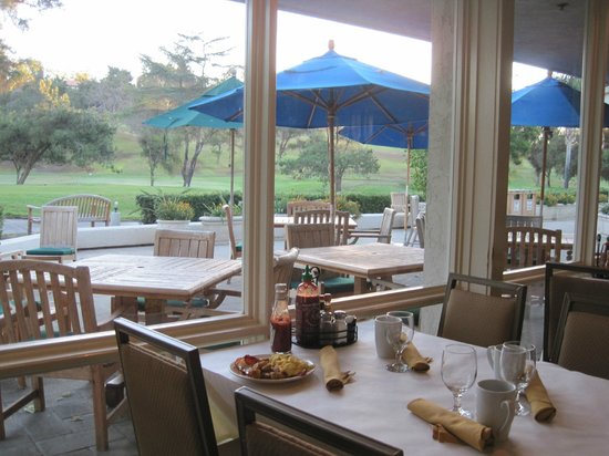 DoubleTree by Hilton Golf Resort San Diego: Breakfast view