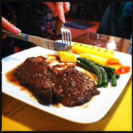 Osteria Caffe Amaro: Beef braised in Amarone with polenta