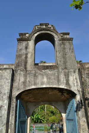 Anchuthengu and Anjengo Fort: Anjengo fort