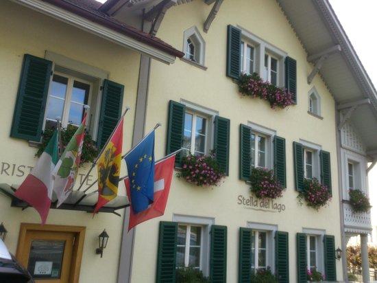 Oberhofen - Hotel Ristorante Stella del Lago - view from street