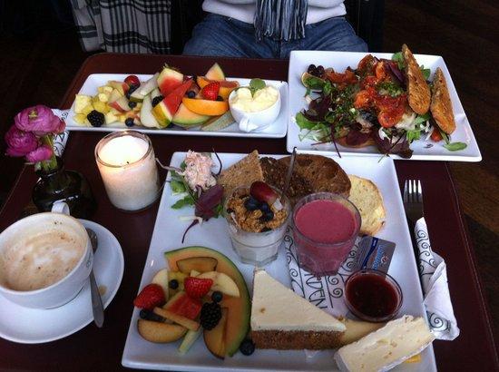 Cafe Norden: great brunch :P