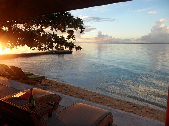 Toberua Island Resort: Bure views even changing