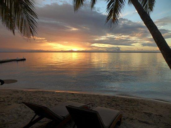Toberua Island Resort: Sunset from Bure 3