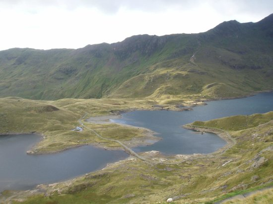 Mountaineering Joe -Day Climbing: The Snowdon horseshoe