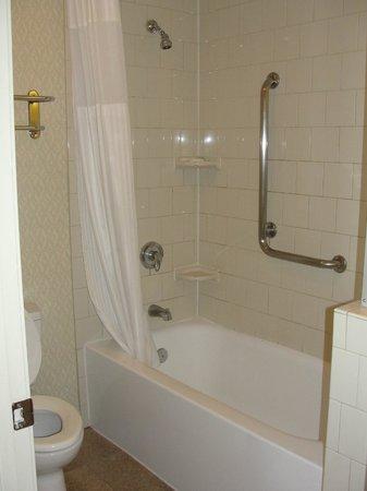 Hotel Phillips : Bathroom