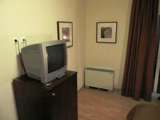 Flisvos Hotel Nafpaktos: TV