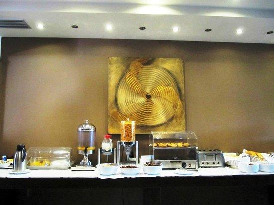 Flisvos Hotel : Breakfast