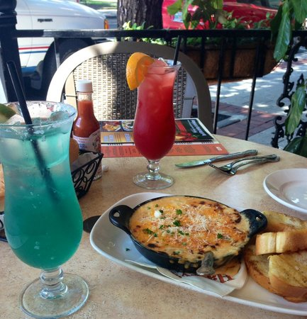 Harry's Seafood Bar and Grille: Louisiana Fondueax, Blue Margarita and Hurricane