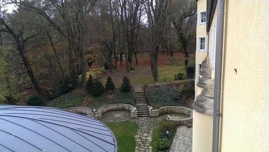 Hotel Villa Weltemühle Dresden: Aussicht Parkanlage vom Zimmer
