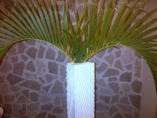 The Westin Golf Resort & Spa, Playa Conchal: Spectacular natural decor everywhere