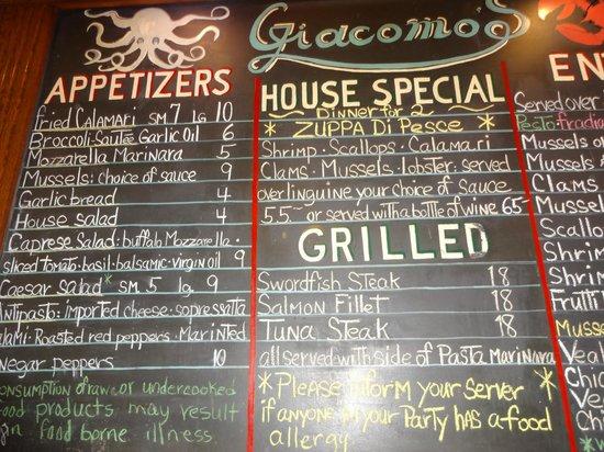 Giacomo's Restaurant : Inside Restaurant