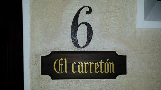 D'Leyenda Hotel: Room 6 El Carreton