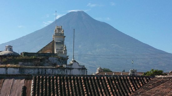 D'Leyenda Hotel: Volcano of Water from the hotel terrace