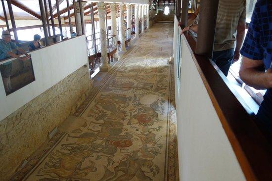 Villa Romana del Casale: mosiacs on hallway