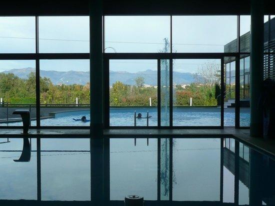 Monticello Spa: La piscina esterna
