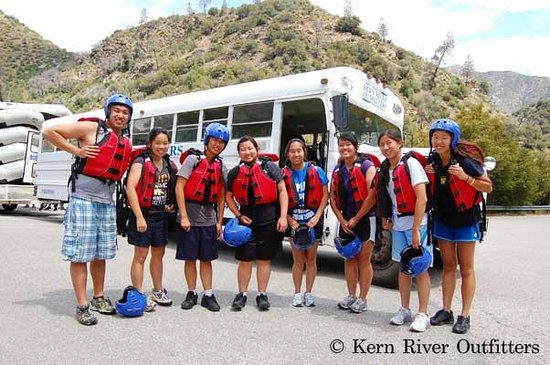 Kern River Outfitters: Kern River trips are great for family reunions