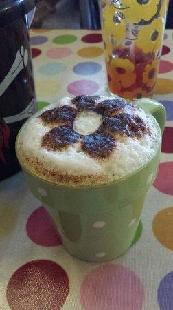 Daisy's Cafe: Cappucino