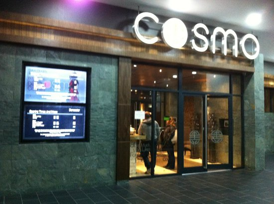 Cosmo Doncaster: Entrance to Restaurant