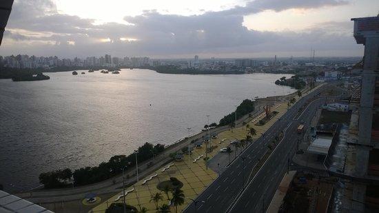 Veleiros Mar Hotel: Amanhecer - janela 12. andar