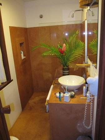 Pousada Vira Canoa: Banheiro