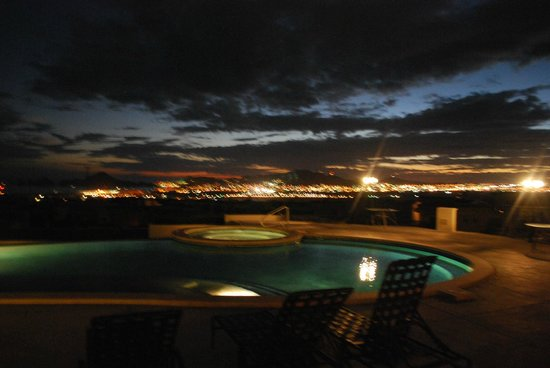 Ventanas Hotel & Residences: View of Cabo at night from our table