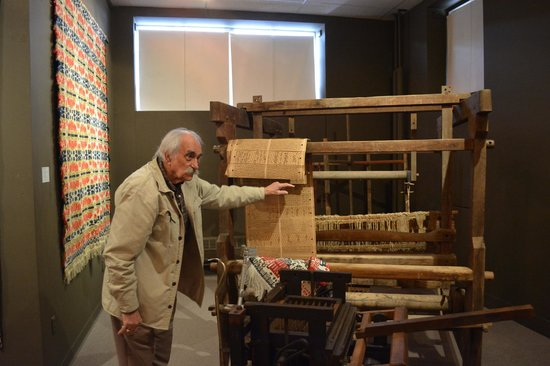 National Museum of the American Coverlet : A punch card style loom