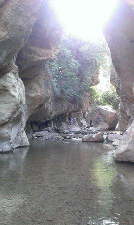 Los Canales de Padules : Poza entre rocas