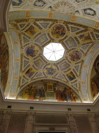 The Morgan Library & Museum: The elaborately ornate ceiling