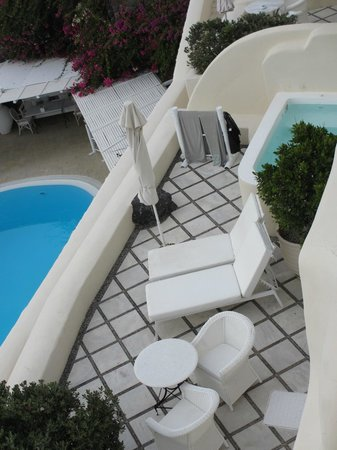 Canaves Oia Hotel: view of balcony wiht pvt pool