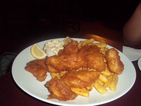 The Black Rock Pub: Delicioso fish & chips!