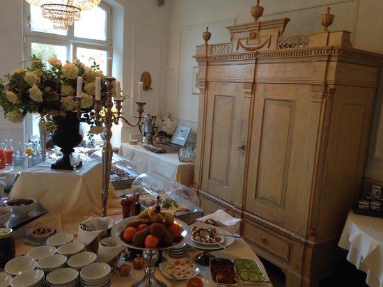 Hotel Hochzeitshaus: Frühstück