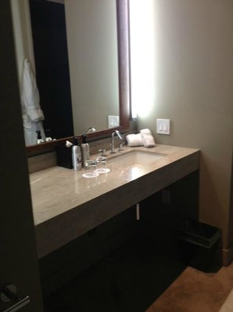 Solage, an Auberge Resort: Bath sink